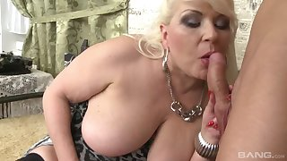 Big Big Beautiful Women POINT-OF-VIEW Adventures - hard sex