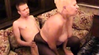 Amateur BBW Granny Fucked By Her Younger Lover