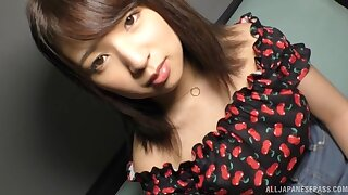 Close up video of shy girlfriend Hiiragi Rui playing with a vibrator