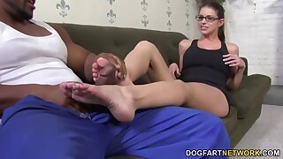 Giggling slutty nerdy nympho Brooklyn Chase fingers yourselves as she gives footjob