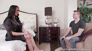 Chesty maven Texas Patti is expectant to get her sexual kicks