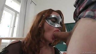 Babe in masquerade mask Daphne Klyde is fucked lasting by hot blooded defy